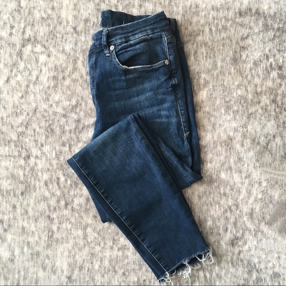 Good American Denim - Good American Good Legs Raw Hem Skinny Jeans 31
